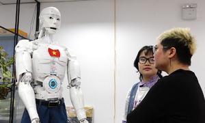 Robot trí tuệ nhân tạo đầu tiên của Việt Nam