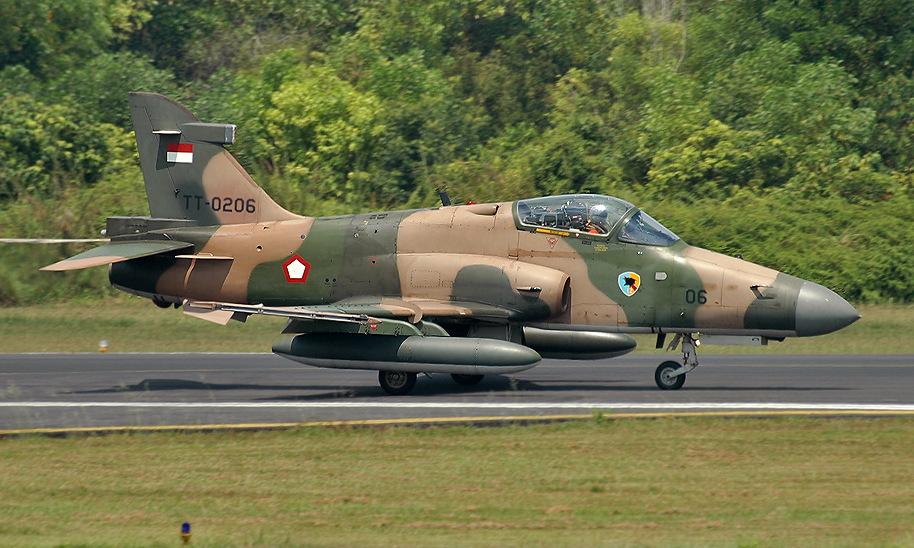 Tiêm kích hạng nhẹ Hawk 209 của Indonesia. Ảnh: Airliners.