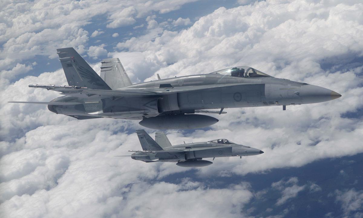 Biên đội F/A-18C Australia trong một chuyến huấn luyện. Ảnh: RAAF.