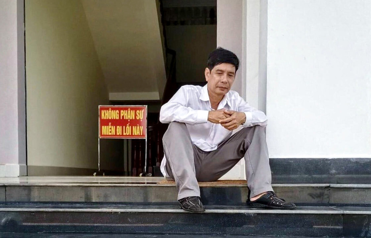 Ông Phước trước khi chờ tuyên án phúc thẩm lần 2. Ảnh: Dương Vĩnh Tuyến