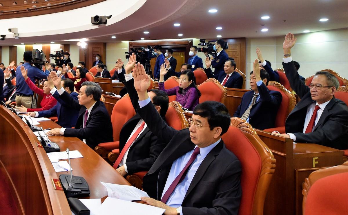 Đại biểu dự Hội nghị Trung ương 14 ngày 14/12. Ảnh: VGP/ Nhật Bắc