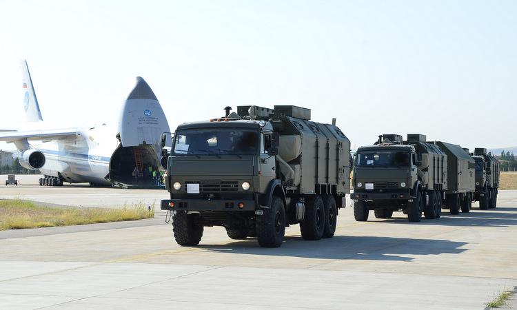 Thành phần hệ thống S-400 chuyển cho Ankara hồi tháng 8/2019. Ảnh: Bộ Quốc phòng Thổ Nhĩ Kỳ.