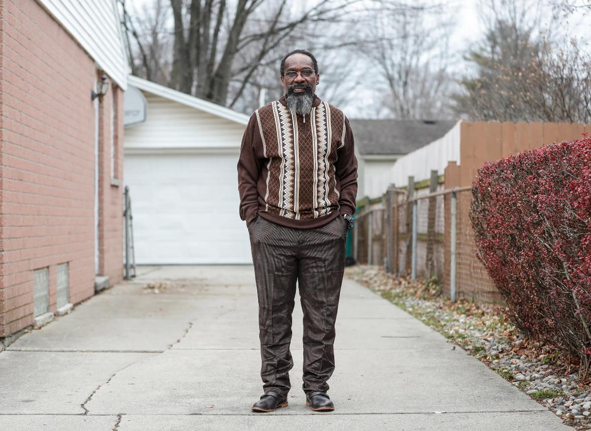 Walter Forbes sống với gia đình sau khi được tự do. Ảnh: Detroit Free Press.