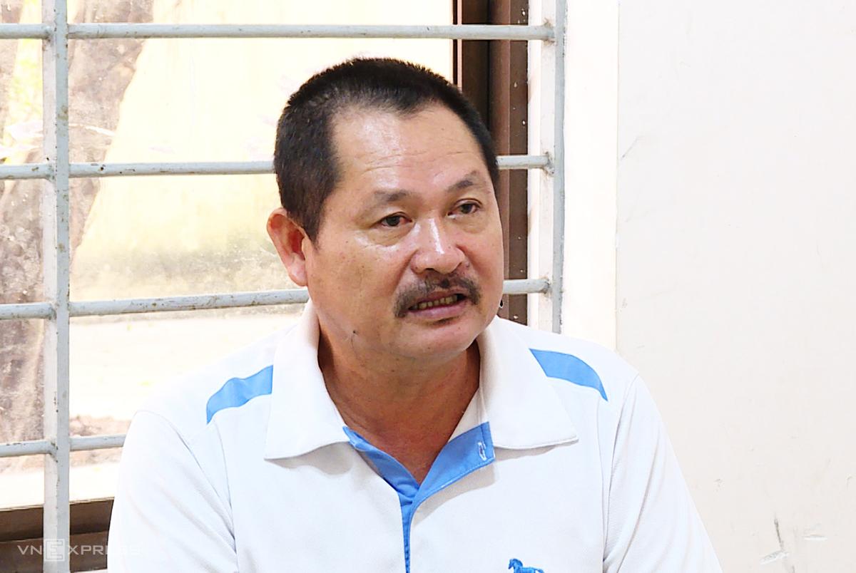Lê Thái Thiện tại Công an thị xã Phú Mỹ. Ảnh: Quang Bình.