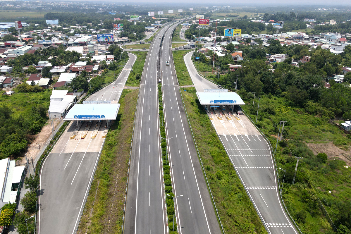 Cao tốc Nha Trang - Cam Lâm sẽ kết nối với các đoạn Cam Lâm - Vĩnh Hảo, Vĩnh Hảo - Phan Thiết, Phan Thiết - Dầu Giây đến cao tốc Long Thành hiện nay. Ảnh: Phước Tuấn.