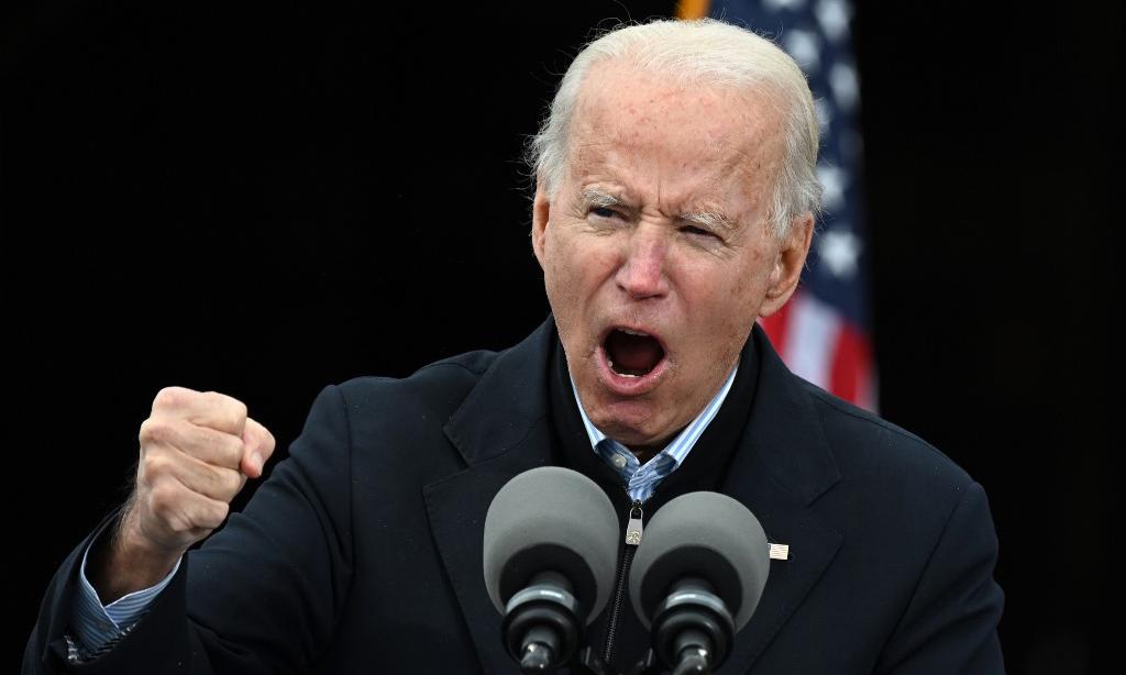 Tổng thống đắc cử Mỹ Joe Biden phát biểu trong cuộc vận động cho các ứng viên thượng nghị sĩ Dân chủ tại thành phố Atlanta, bang Georgia, hôm 15/12. Ảnh: AFP.