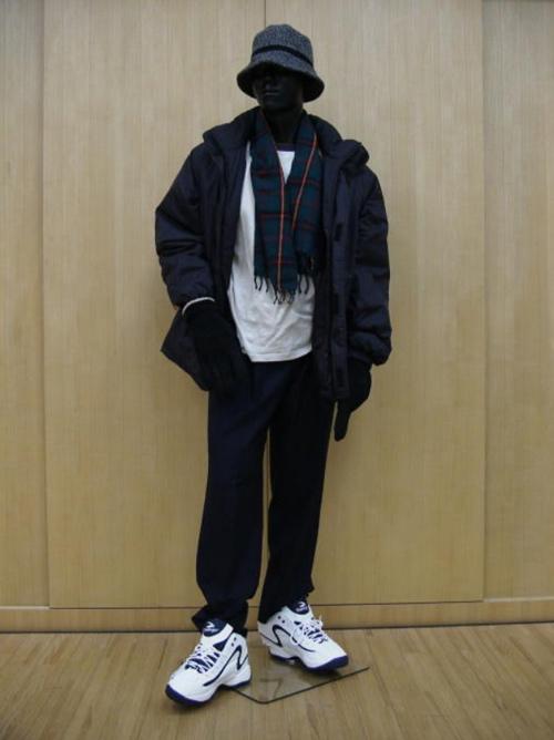 Hung thủ được cho là mặc bộ quần áo như dân trượt ván vào tối hôm ấy. Ảnh: Unresolved.