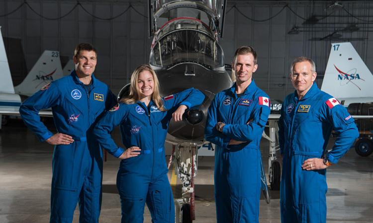 4 phi hành gia đang làm việc tại Cơ quan Vũ trụ Canada (CSA). Ảnh: NASA/Bill Stafford.