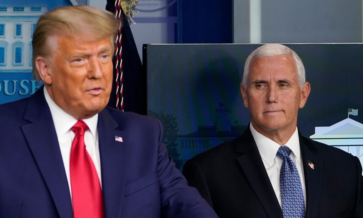 Tổng thống Donald Trump và Phó tổng thống Mike Pence (phải) tại buổi họp báo ở Nhà Trắng hôm 24/11. Ảnh: AP.