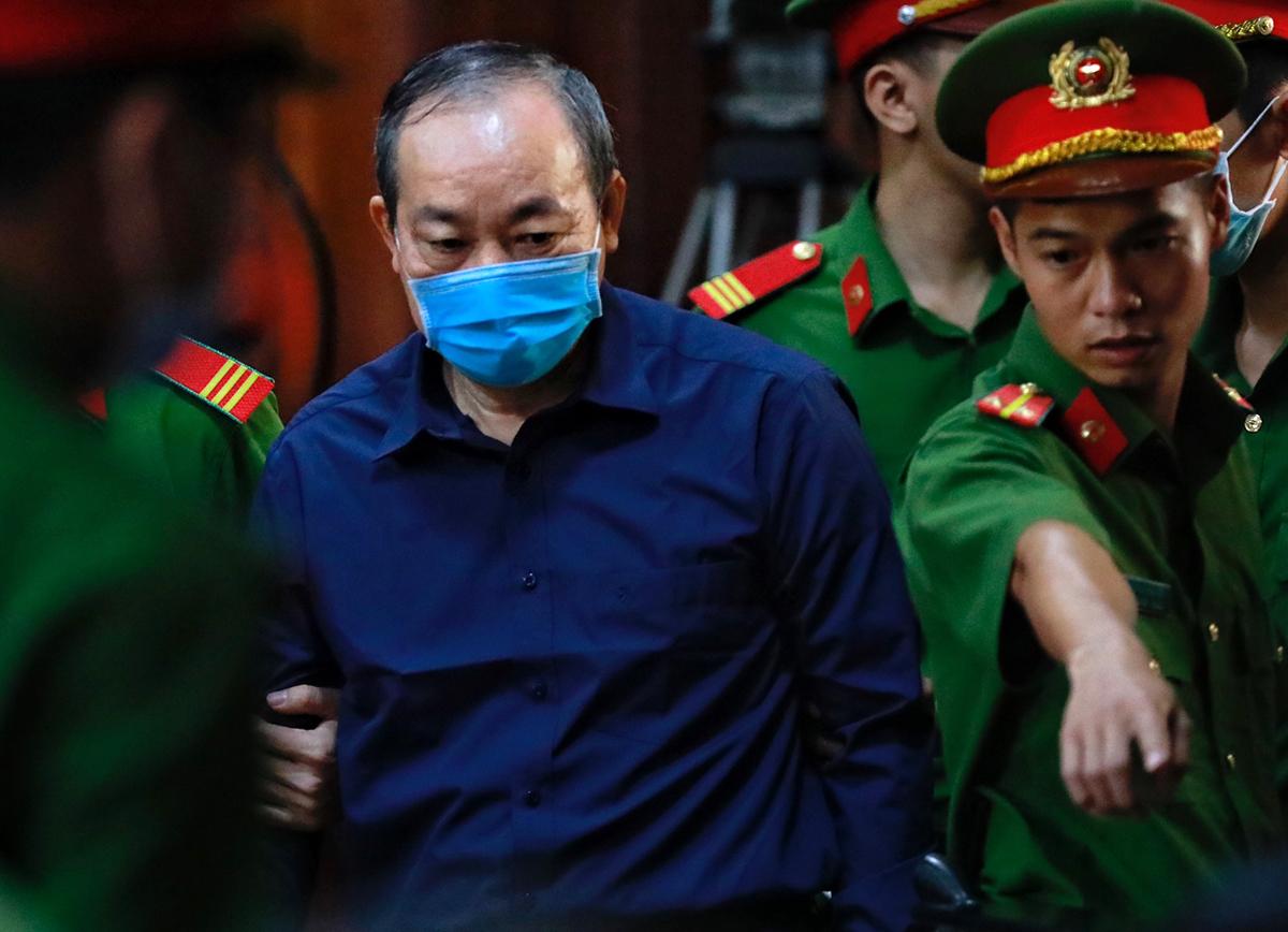 Cựu thứ trưởng Nguyễn Hồng Trường. Ảnh: Hữu Khoa.