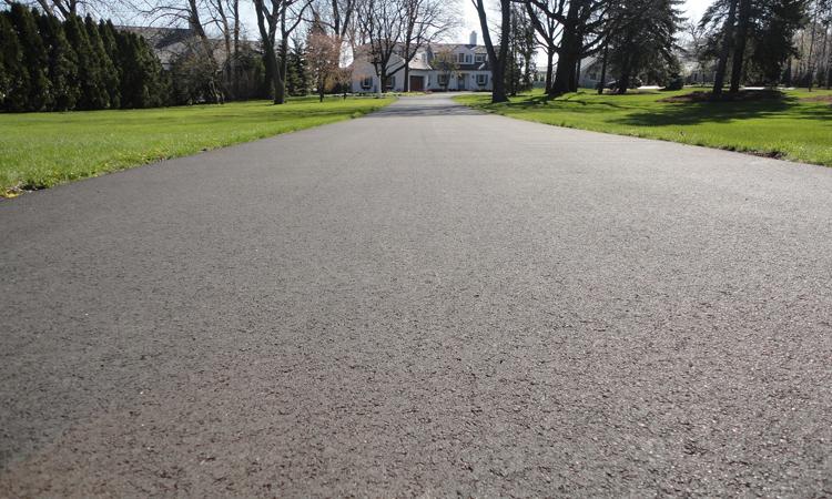 Trong tương lai, mặt đường có thể được làm từ vật liệu tái chế mới. Ảnh: Munson Inc.