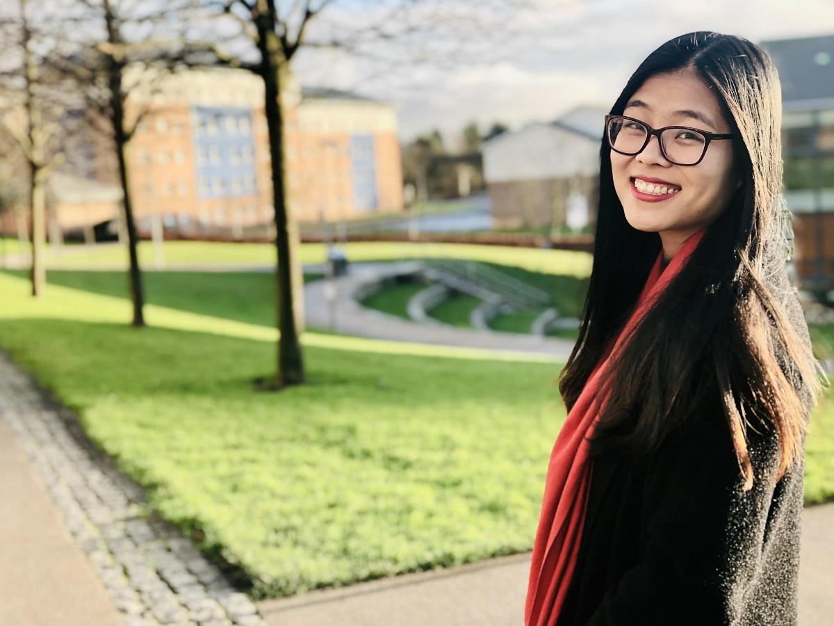 Hoàng Ngọc Quỳnh tại Đại học Lancaster, Anh. Ảnh: Nhân vật cung cấp