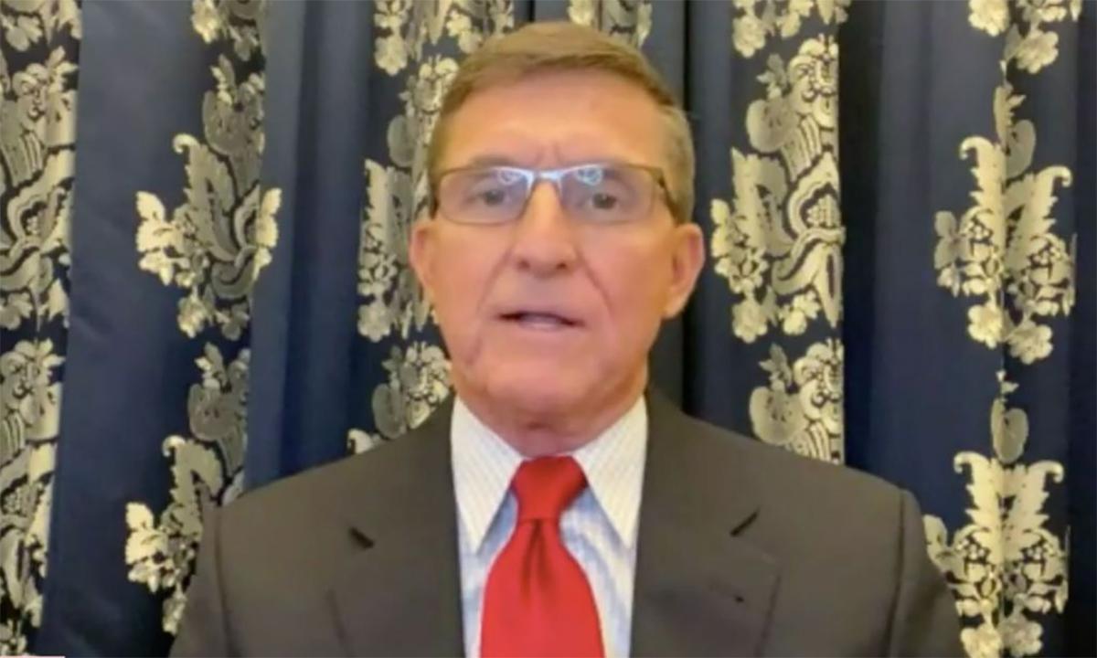 Cựu cố vấn an ninh quốc gia Mỹ Michael Flynn trên kênh Newsmax hôm 18/12. Ảnh chụp màn hình kênh Newsmax.