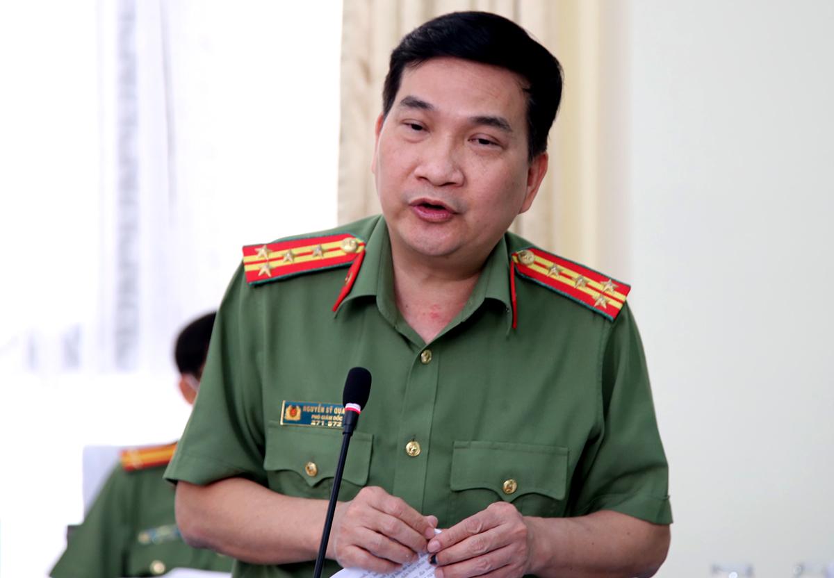 Đại tá Nguyễn Sỹ Quang thông tin về các vụ án. Ảnh: Quốc Thắng.