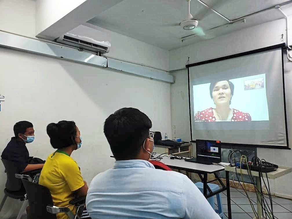 Ruth Yong dạy trực tuyến qua phần mềm Zoom. Ảnh: Ruth Yong.