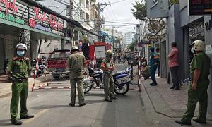 Cảnh sát phong tỏa căn nhà bị nổ