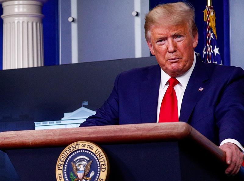 Tổng thống Mỹ trong cuộc họp báo ở Nhà Trắng hôm 31/3. Ảnh: Reuters