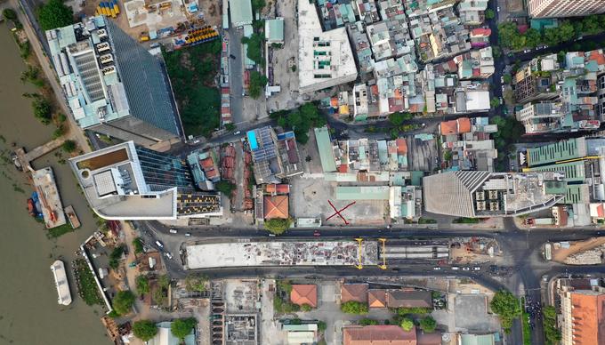 Khu đất quốc phòng số 7-9 đường Tôn Đức Thắng (dấu đỏ) bị rơi vào tay tư nhân trong 49 năm. Ảnh: Hữu Khoa