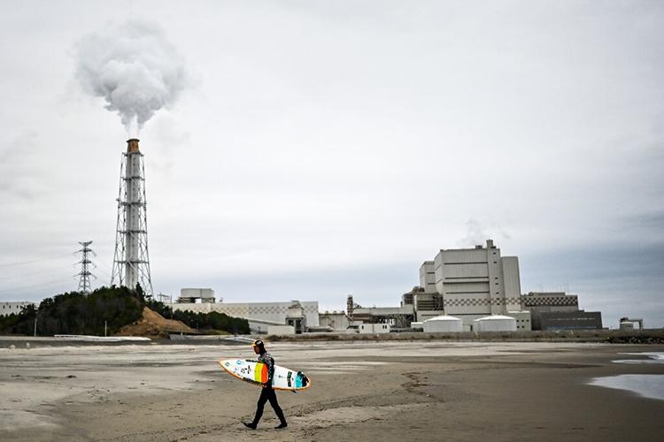 Nền kinh tế Nhật Bản phụ thuộc nhiều vào nhiên liệu hóa thạch. Ảnh: TechXplore.