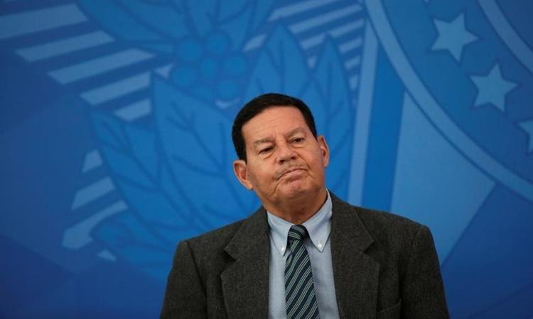 Phó tổng thống Brazil Hamilton Mourao tại một sự kiện ở thủ đô Brasilia hồi tháng 4. Ảnh: Reuters.