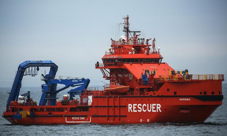 Tàu cứu hộ Nga trong một lần diễn tập ngoài khơi biển Barents. Ảnh: RT.