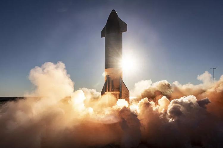 Nguyên mẫu SN8 của tàu Starship chuẩn bị cất cánh. Ảnh: SpaceX.