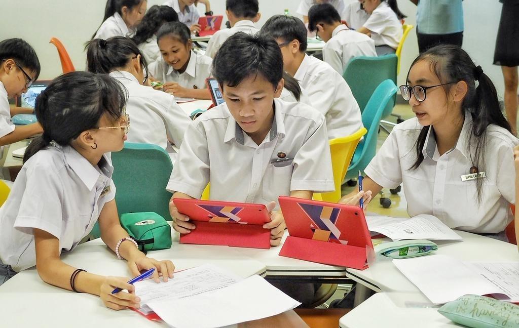 Học sinh Singapore sẽ học tại nhà hai ngày mỗi tháng từ năm 2021. Ảnh: Todayonline.