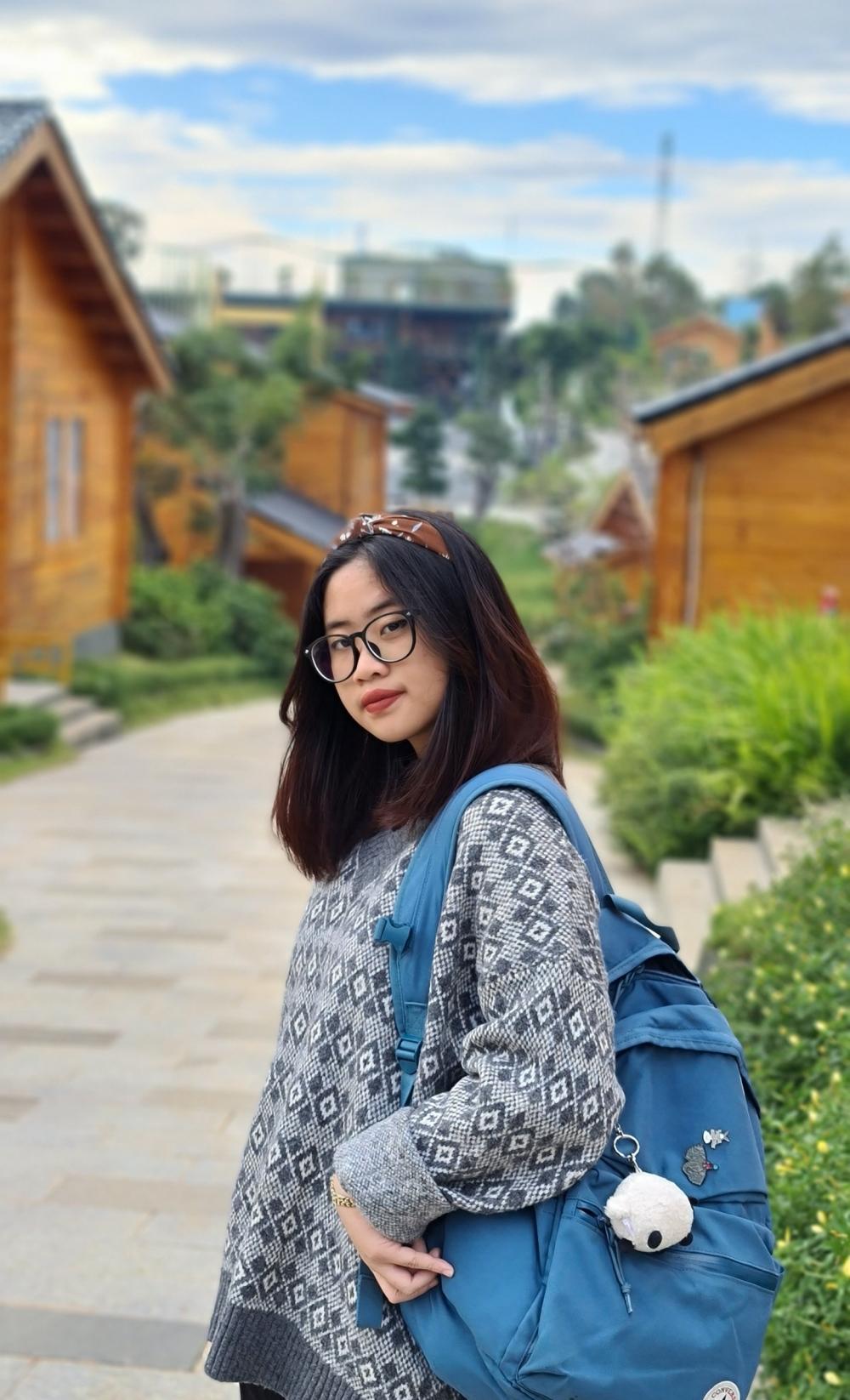 Nghiêm Quỳnh Du, học sinh lớp 12 Anh 1, trường THPT chuyên Hà Nội-Amsterdam. Ảnh: Nhân vật cung cấp