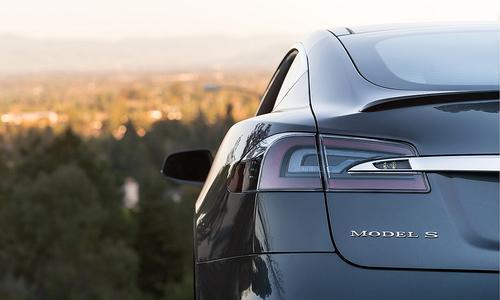 Tesla bị đe doạ ngôi vương xe điện