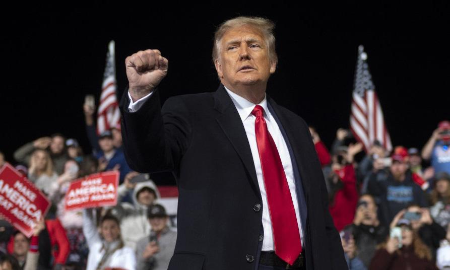 Tổng thống Mỹ Donald Trump trong cuộc vận động cho các ứng viên thượng nghị sĩ tại thành phố Valdosta, bang Georgia, hôm 5/12. Ảnh: AFP.