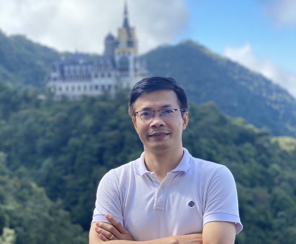 Anh Nguyễn Tiến Nùng trong chuyến du lịch Tam Đảo. Ảnh: Nhân vật cung cấp