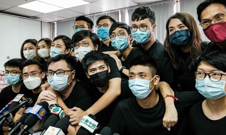 Các nhà hoạt động đối lập Hong Kong tại một cuộc họp báo năm ngoái. Ảnh: SCMP.