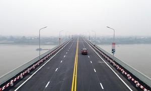 Cầu Thăng Long thông xe sau 6 tháng tu sửa