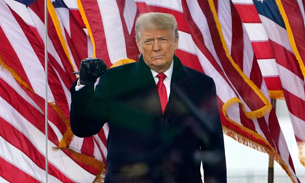 Tổng thống Mỹ Donald Trump tại cuộc mít tinh trước Nhà Trắng, ngày 6/1. Ảnh: AP.