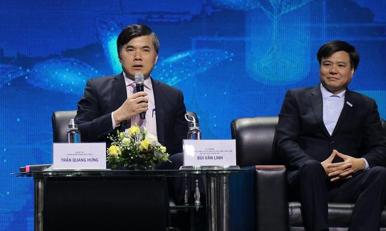 Ông Bùi Văn Linh, Vụ trưởng Vụ công tác học sinh sinh viên, Bộ Giáo dục và Đào tạo thông tin tại tọa đàm. Ảnh: NX.