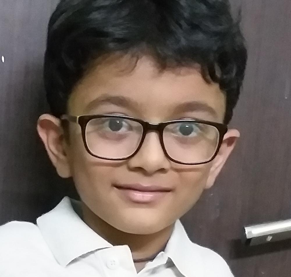 Cậu bé 7 tuổi Venkat Raman Patnaik. Ảnh: SP Robotic Works.