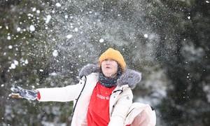 Tuyết bao phủ nhiều bản ở Y Tý