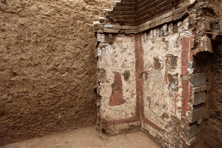 Tranh tường mô tả cảnh ca múa nhạc trong mộ cổ ở Thiểm Tây. Ảnh: Xinhua.