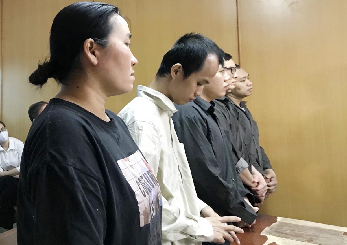 Các bị cáo tại tòa. Ảnh: Dương Trang.