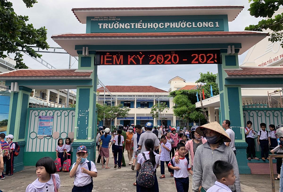 Trường Tiểu học Phước Long ở Nha Trang nơi bị phụ huynh tố cáo xén khẩu phần ăn của học sinh