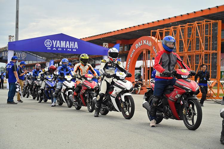 Dàn xe Yamaha Exciter 155 VVA tại một sự kiện lái thử.