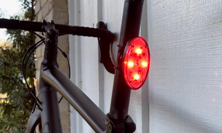 Đèn hậu Otto dành cho xe đạp. Ảnh: Kickstarter.