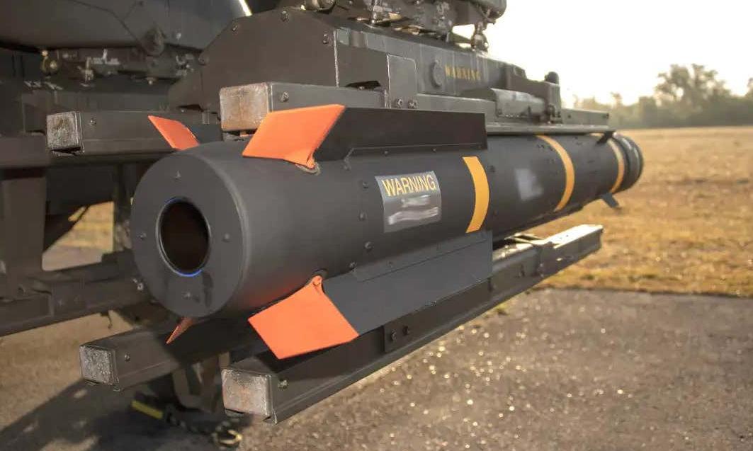 Tên lửa AGM-179A trong đợt thử nghiệm củal ục quân Mỹ năm 2019. Ảnh: US Army.