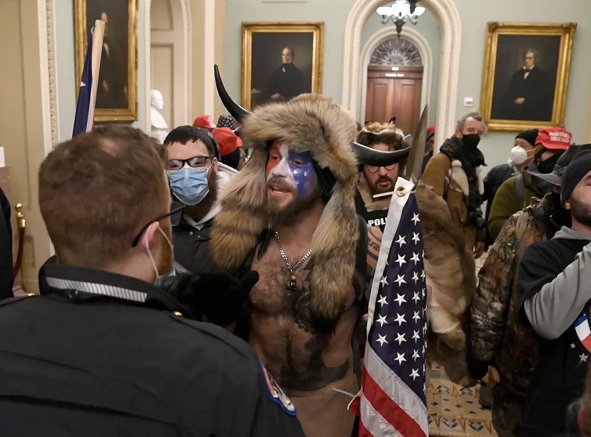 Người ủng hộ Trump tại tòa quốc hội Mỹ ngày 6/1. Ảnh: AFP.