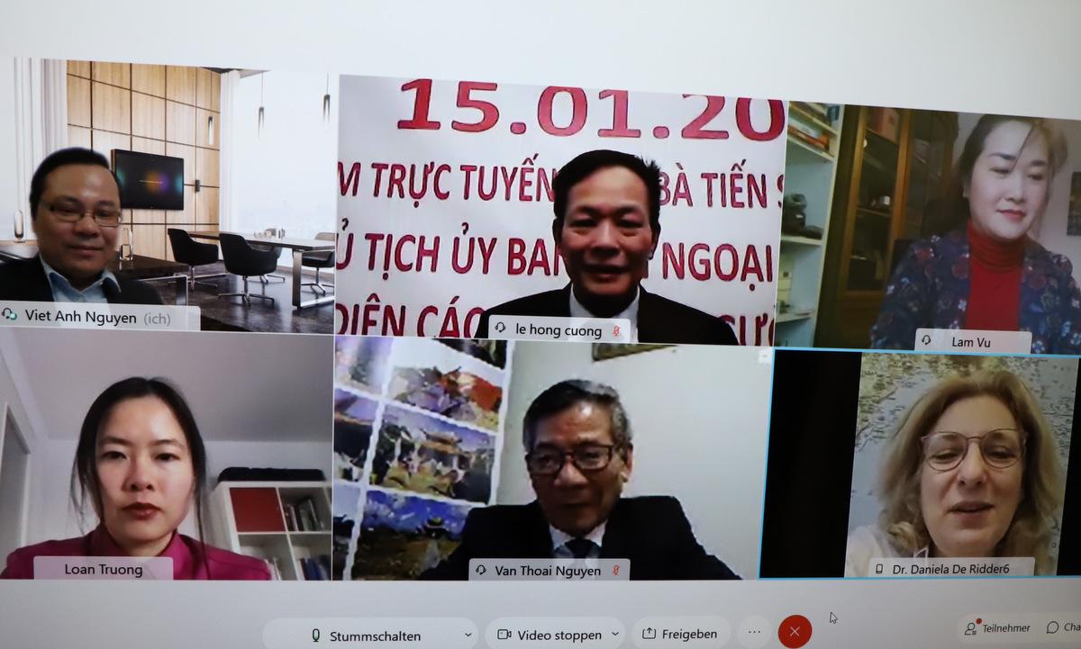 Các đại biểu tham gia hội thảo hôm 15/1. Ảnh: Lê Cường.