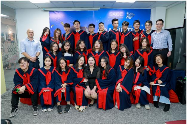 Học sinh theo học chương trình SACE International được dạy tại Việt Nam