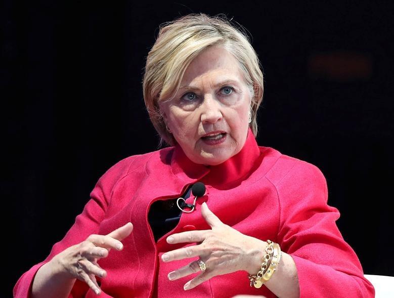 Hillary Clinton khi còn là ngoại trưởng Mỹ tham gia diễn đàn ở Seoul, Hàn Quốc, hồi tháng 10/2017. Ảnh: Reuters