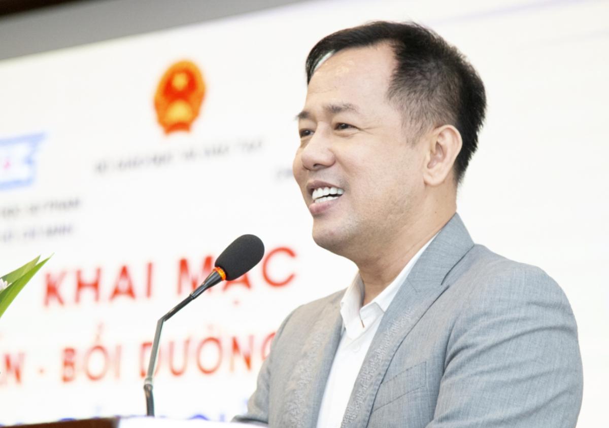 GS Huỳnh Văn Sơn trong một hội thảo do Bộ Giáo dục và Đào tạo tổ chức. Ảnh: Bộ Giáo dục và Đào tạo.