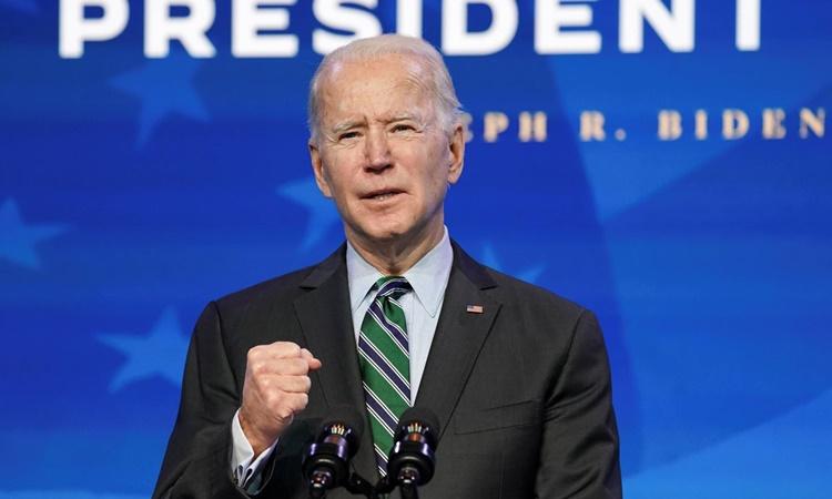 Tổng thống đắc cử Mỹ Joe Biden phát biểu tại Wilmington, Delaware, hôm 16/1. Ảnh: Reuters.