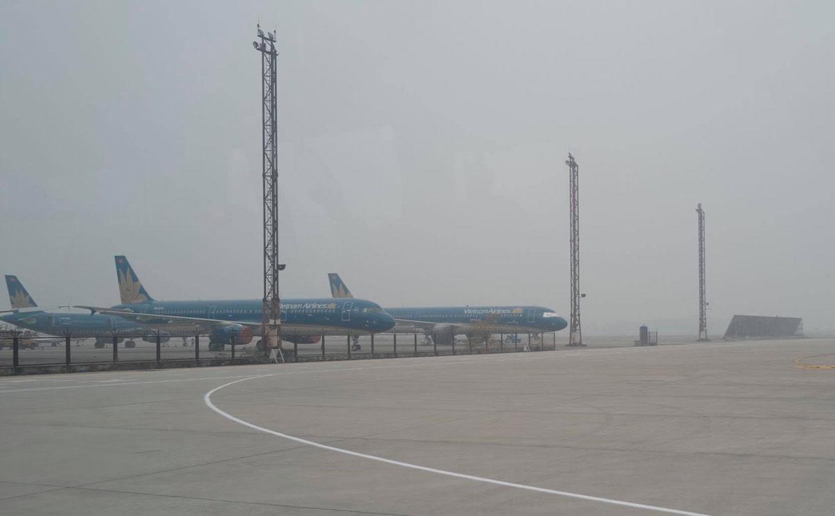 Sân bay Nội Bài sáng 21/1. Ảnh: Ngọc Thành.